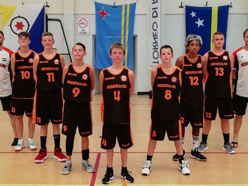 4 leerlingen van Accent Capelle gaan naar Bonaire om te basketballen