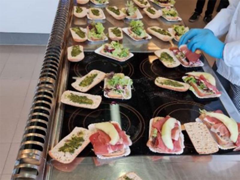 Lunches voor personeel vaccinatielocatie Schenkel